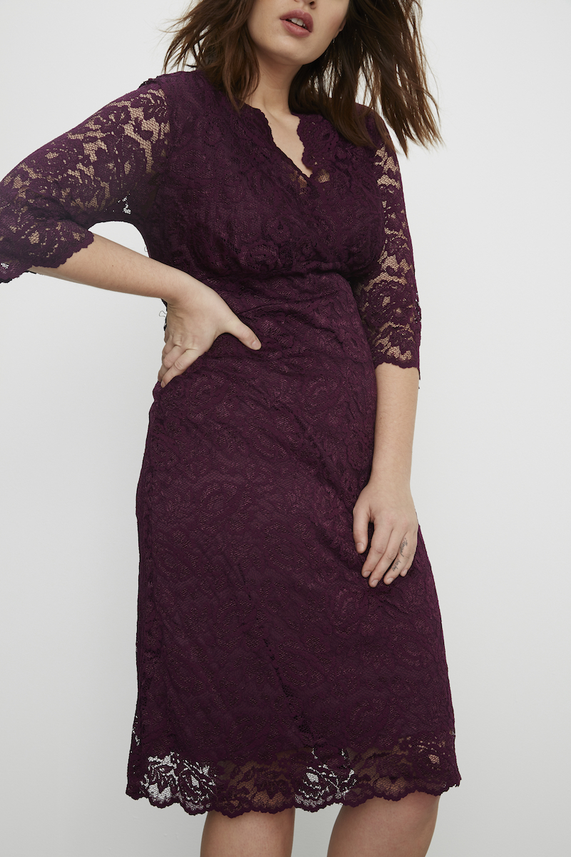 Contemporary Extended Size Lace dress