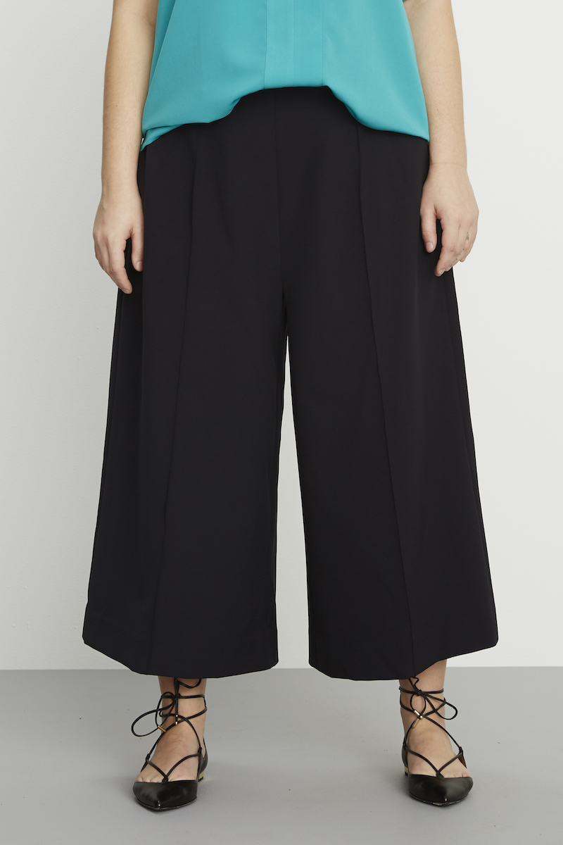 contemporary plus size wide leg cropped trousers