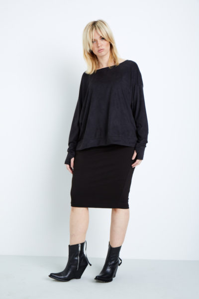 Shegul Valerie Vegan Suede Tee plus size coverstory